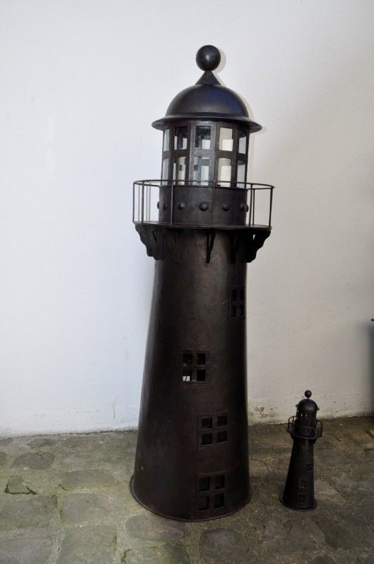 Phare geant for Association miroir fes
